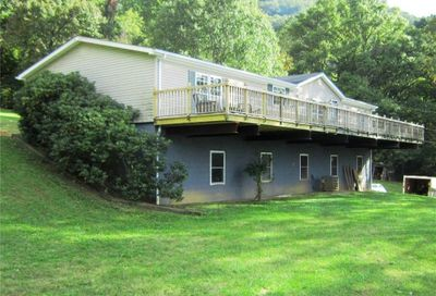 539 Hill View Drive Canton NC 28716