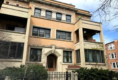844 W Lakeside Place Chicago IL 60640