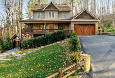 103 Flowing Brook Lane Waynesville NC 28786