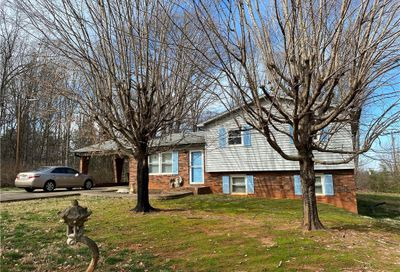 137 Windy Hill Road Statesville NC 28625