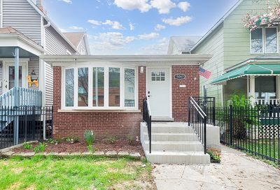 5061 N Kimberly Avenue Chicago IL 60630