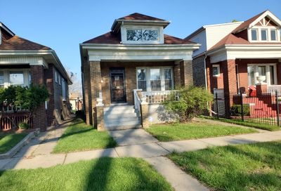 7647 S Calumet Avenue Chicago IL 60619