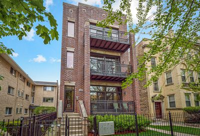 5537 N Campbell Avenue Chicago IL 60625