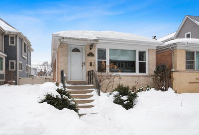 6833 N Oleander Avenue Chicago IL 60631