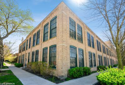 5235 N Ravenswood Avenue Chicago IL 60640