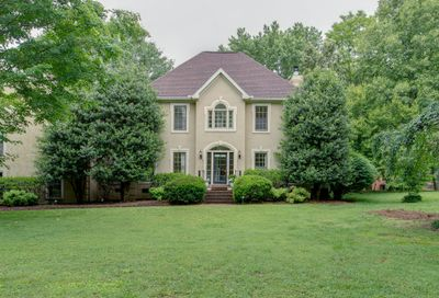 1510 Pear Tree Cir Brentwood TN 37027