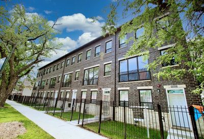 2755 W 37th Place Chicago IL 60632