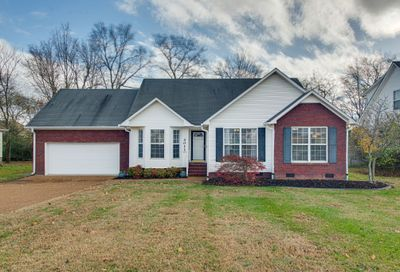 3011 Candlelite Dr Spring Hill TN 37174