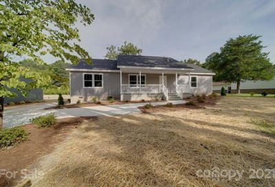 15 Luther Woods Drive Candler NC 28715
