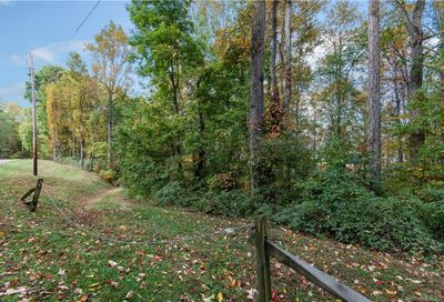00 Smokey Ridge Loop Waynesville NC 28786