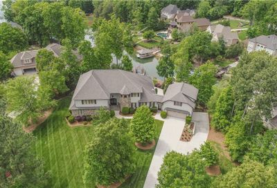 386 Bay Harbour Road Mooresville NC 28117