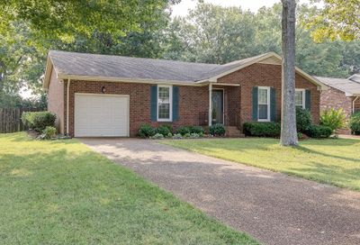 5640 Oakes Dr Brentwood TN 37027