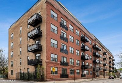 1735 W Diversey Parkway Chicago IL 60614