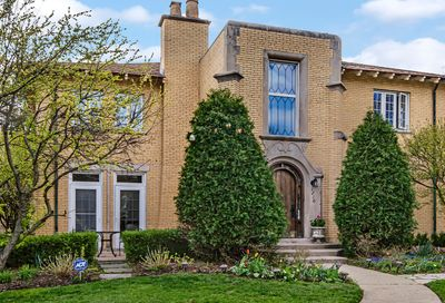 1210 William Street River Forest IL 60305