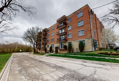 8733 Willow Boulevard Willow Springs IL 60480
