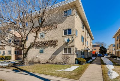 5231 N East River Road Chicago IL 60656