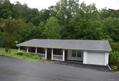 272 Morris Hollow Road Old Fort NC 28762