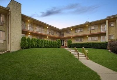 5950 N Odell Avenue Chicago IL 60631