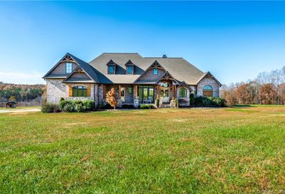 164 Rustic Road Mooresville NC 28115