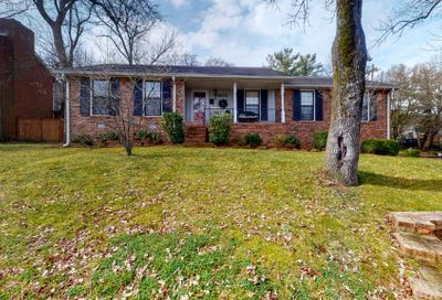 5673 Oakes Dr Brentwood TN 37027