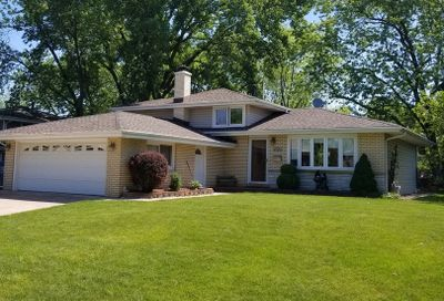8723 S 85th Court Hickory Hills IL 60457