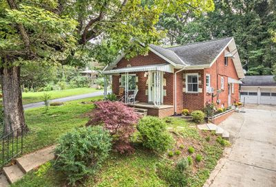 304 Rhododendron Avenue Black Mountain NC 28711
