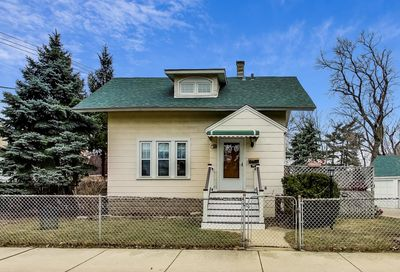 5764 N Nina Avenue Chicago IL 60631
