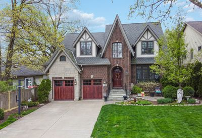4942 Lee Avenue Downers Grove IL 60515