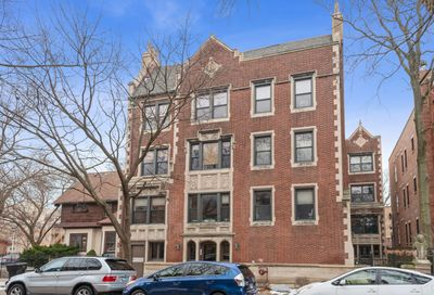6827 N Lakewood Avenue Chicago IL 60626