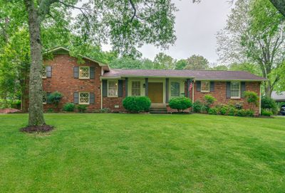 104 Trail East Hendersonville TN 37075