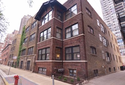 3153 N Hudson Avenue Chicago IL 60657