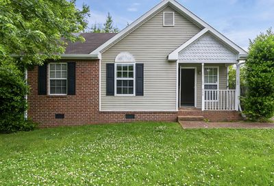620 Forest Park Ct Madison TN 37115