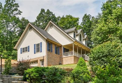 68 Old Country Road Waynesville NC 28786