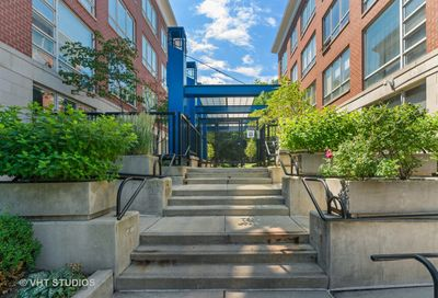 26 N May Street Chicago IL 60607