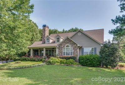 390 Coopers Trace Mill Spring NC 28756