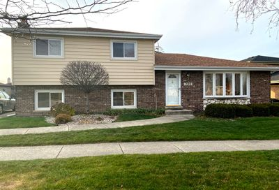 16424 84th Avenue Tinley Park IL 60477