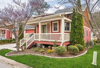 3 Craftsman Circle Asheville NC 28805