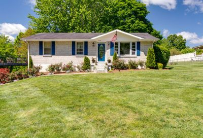 1008 Mayes Dr Greenbrier TN 37073