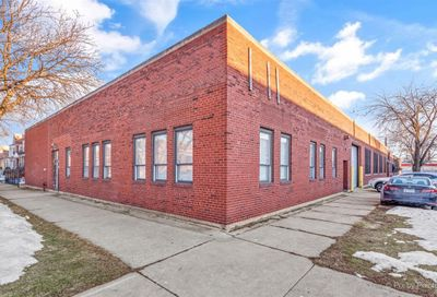 4055 W Parker Avenue Chicago IL 60639