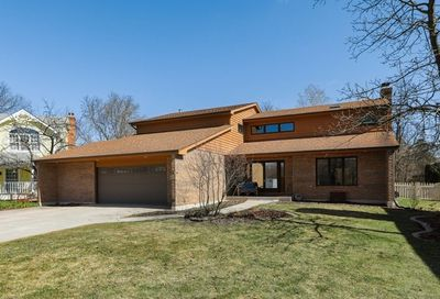 5933 Hillcrest Court Downers Grove IL 60516