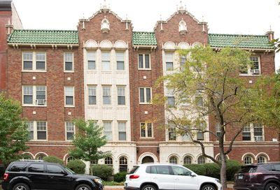 1824 N Lincoln Park West Avenue Chicago IL 60614