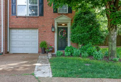 626 Huffine Manor Cir Franklin TN 37067