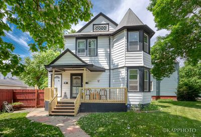 5341 W Giddings Street Chicago IL 60630