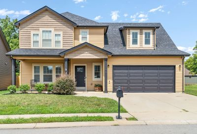 1279 Eagles View Dr Clarksville TN 37040