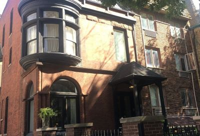 26 E Bellevue Place Chicago IL 60611