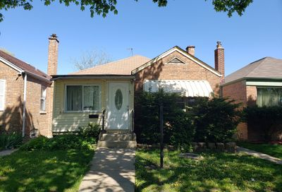 9831 S Maryland Avenue Chicago IL 60628