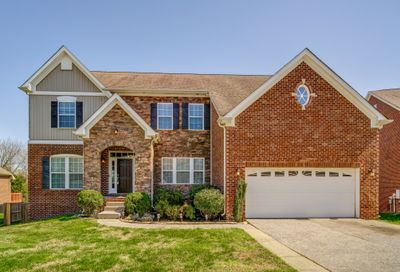 2004 Queens Ct Spring Hill TN 37174