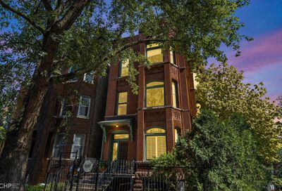 1945 W Evergreen Avenue Chicago IL 60622