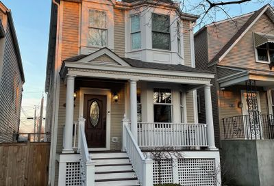 5113 N Oakley Avenue Chicago IL 60625
