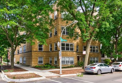 4455 N Whipple Street Chicago IL 60625
